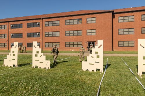 Cover Me, Battle Buddy: 1st Regiment Learns About Fire and Maneuver Techniques